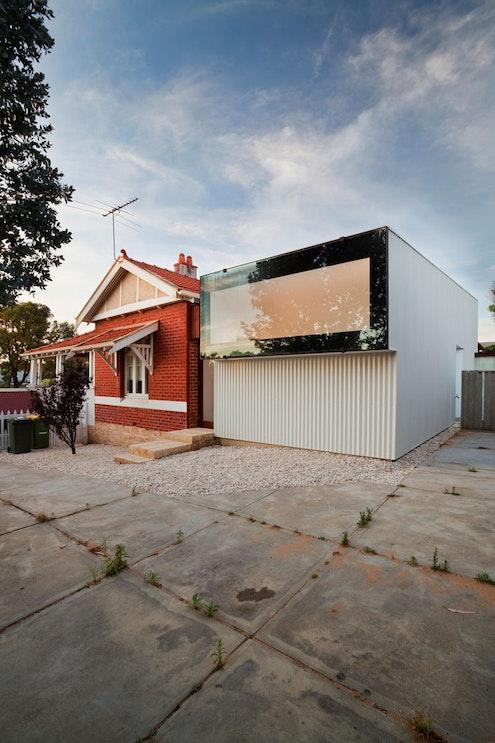 Westbury Crescent Residence by David Barr Architect (via Lunchbox Architect)