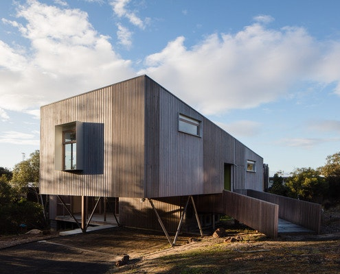 Aireys Ramp House by Irons McDuff Architecture (via Lunchbox Architect)