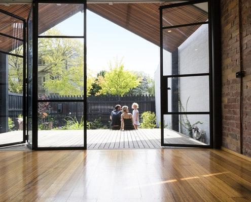 Anti-terrace by Nikhila Madabhushi Architecture (via Lunchbox Architect)