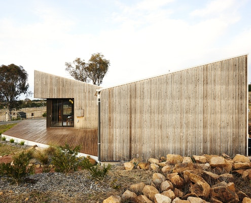Archer Family Residence by Kuhnellco Architecture (via Lunchbox Architect)