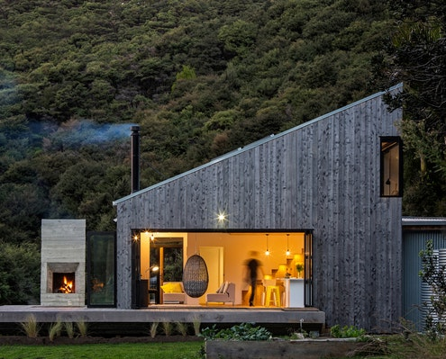 Back Country House by LTD Architectural Design Studio (via Lunchbox Architect)