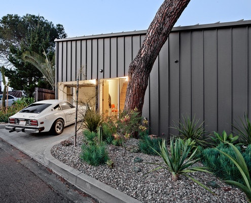 Big & Small House by Anonymous Architects (via Lunchbox Architect)