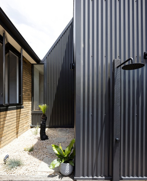 Binary House by Christopher Polly Architects (via Lunchbox Architect)