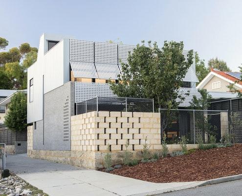 Blinco Street House by Philip Stejskal Architects (via Lunchbox Architect)