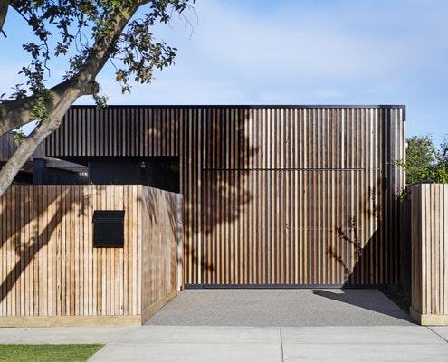 Bluebird Duplex by  (via Lunchbox Architect)