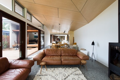 Blueys Beach House by Bourne Blue Architecture (via Lunchbox Architect)