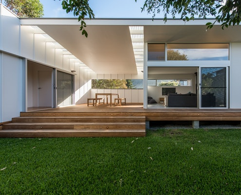 Blueys Beach House 5 by Bourne Blue Architecture (via Lunchbox Architect)