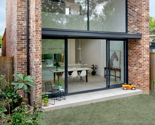 Brick Aperture House by Kreis Grennan Architecture (via Lunchbox Architect)