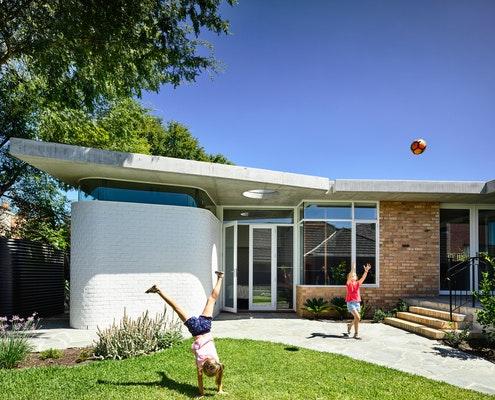 Brick Residence by Preston Lane Architects (via Lunchbox Architect)