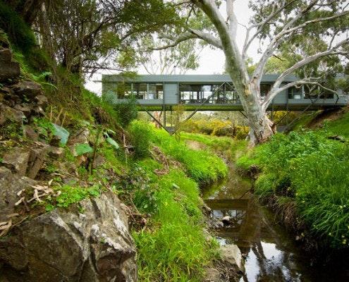 Bridge House by Max Pritchard Architect (via Lunchbox Architect)