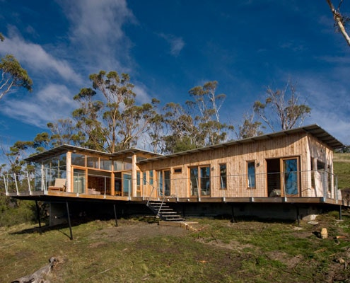 Bruny Shore House by Beachouse Architecture (via Lunchbox Architect)