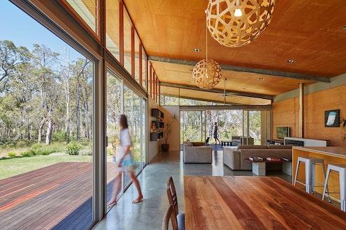 Bush House by Archterra Architects (via Lunchbox Architect)