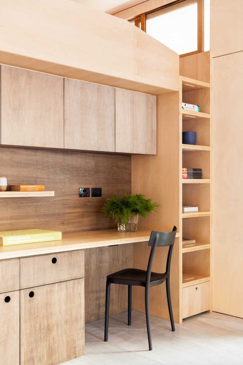 Carbon Positive Prefab House by ArchiBlox (via Lunchbox Architect)