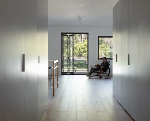 Carlton Apartment (AKA Kathryn) by Tom Eckersley Architects (via Lunchbox Architect)