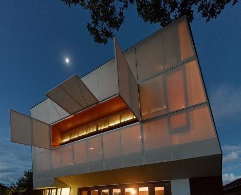 Casa 31_4 Room House by Caroline Di Costa Architect (via Lunchbox Architect)