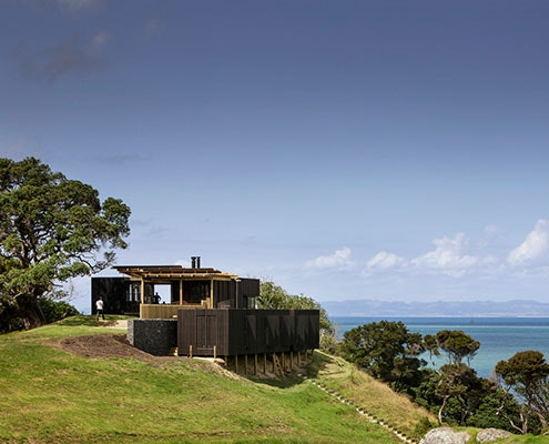 Castle Rock Beach House by Herbst Architects (via Lunchbox Architect)