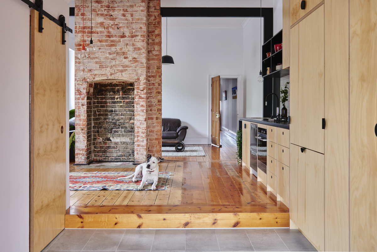 Home Renovation in a Coastal Suburb Inspired by Interior of a Ship
