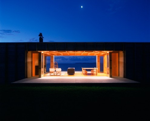 Coromandel Bach by Crosson Clarke Carnachan Architects (via Lunchbox Architect)