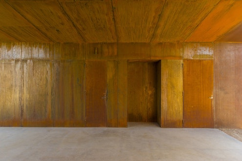 Crackenback Stables by Casey Brown Architecture (via Lunchbox Architect)