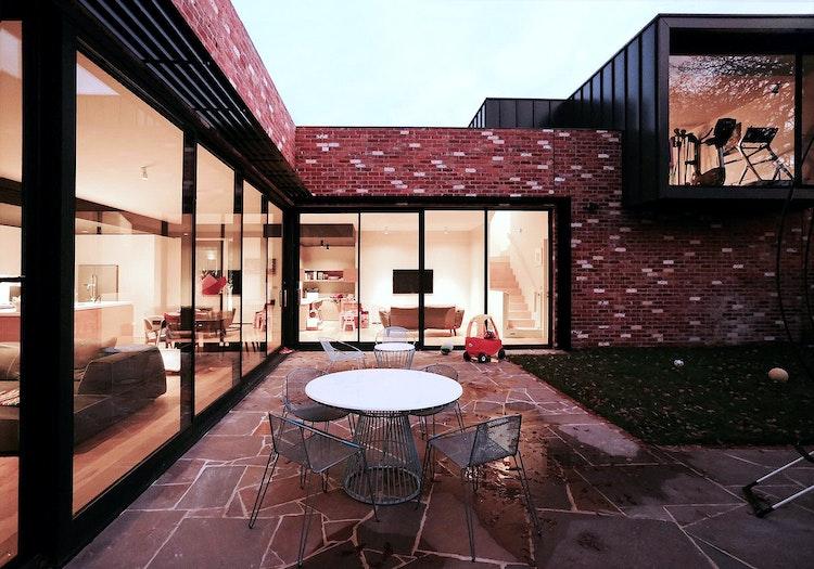 Crocker Street House (via Lunchbox Architect)