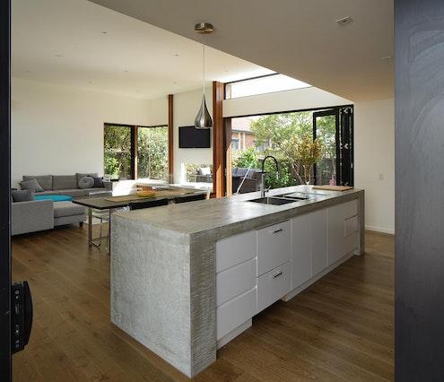 Cumquat Tree hosue by Christopher Megowan Design (via Lunchbox Architect)