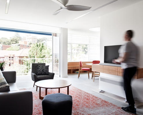 Darling Point Apartment by Renjie Teoh Architect (via Lunchbox Architect)