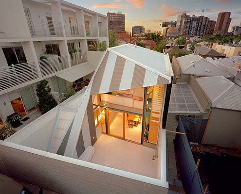 Eyelid House by Fiona Winzar Architects (via Lunchbox Architect)