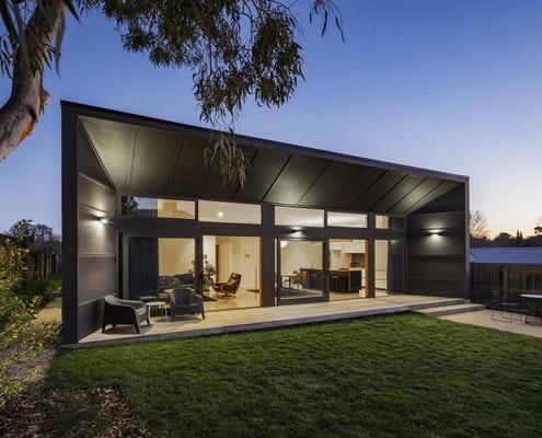 Fibro House by Adam Dettrick Architects (via Lunchbox Architect)