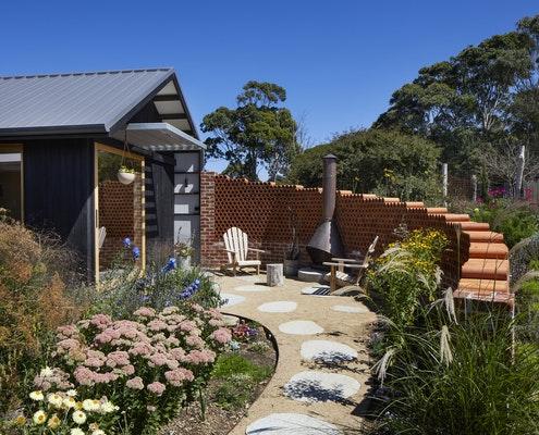 Flinders Addition by Michael McManus Architects (via Lunchbox Architect)