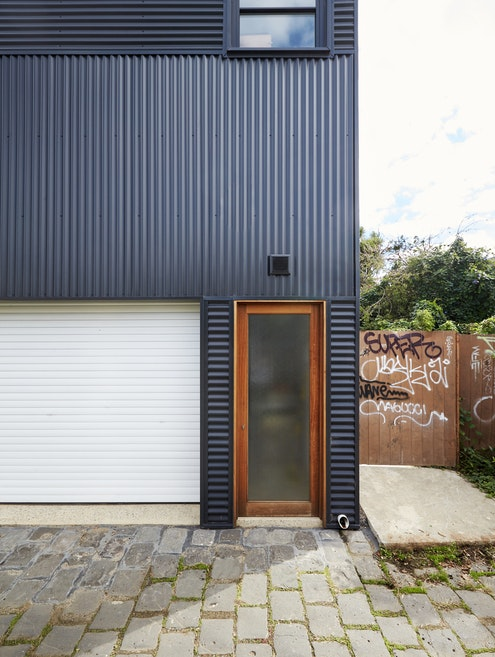 Garage House by Foomann Architects (via Lunchbox Architect)