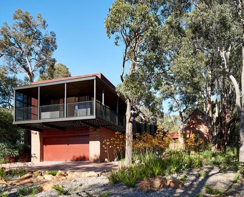 Glen Forrest House + Church by Iredale Pedersen Hook Architects (via Lunchbox Architect)