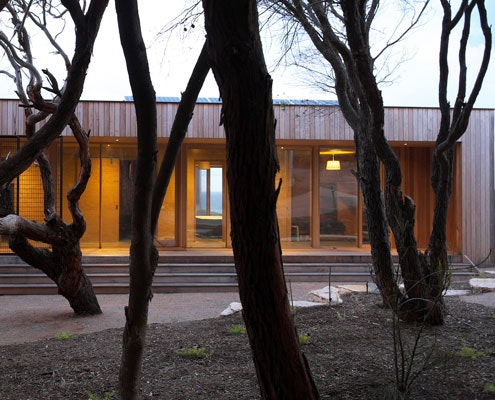 Great Ocean Road House by ITN Architects (via Lunchbox Architect)