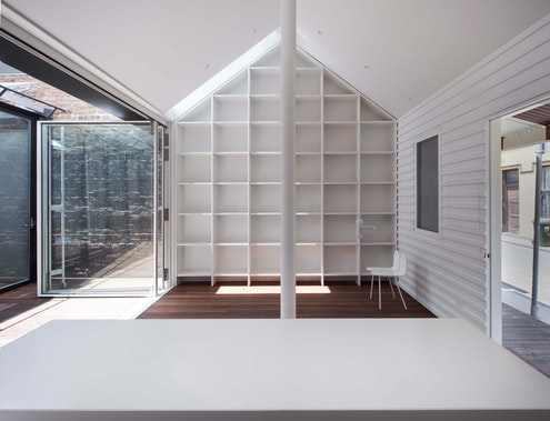 Green House by Sean Godsell Architects (via Lunchbox Architect)