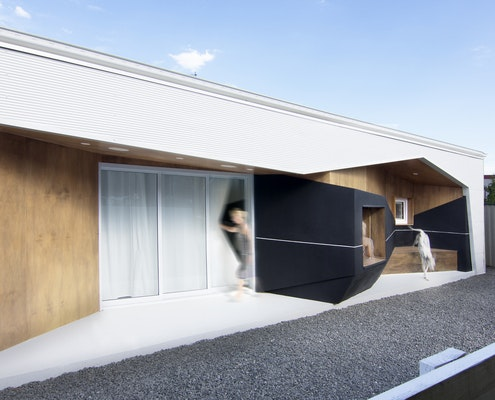 House 33.2 by Grafika (via Lunchbox Architect)