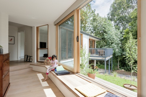 Inbetween House by Inbetween Architecture (via Lunchbox Architect)