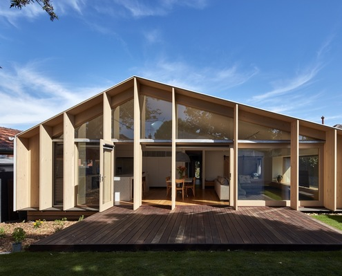 Lean-to House