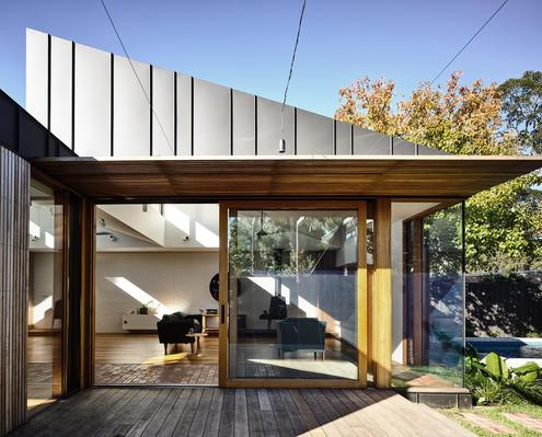 Light Saw House