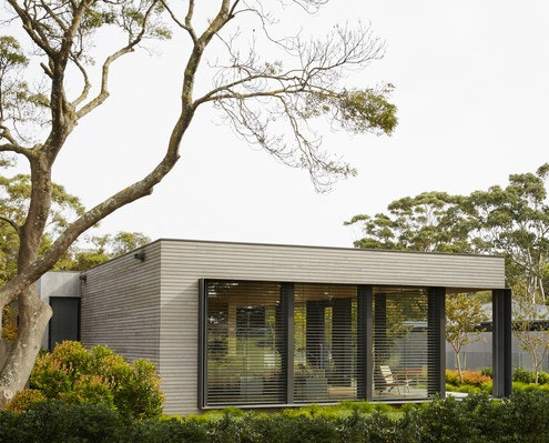 Links Courtyard House by Inarc Architects (via Lunchbox Architect)
