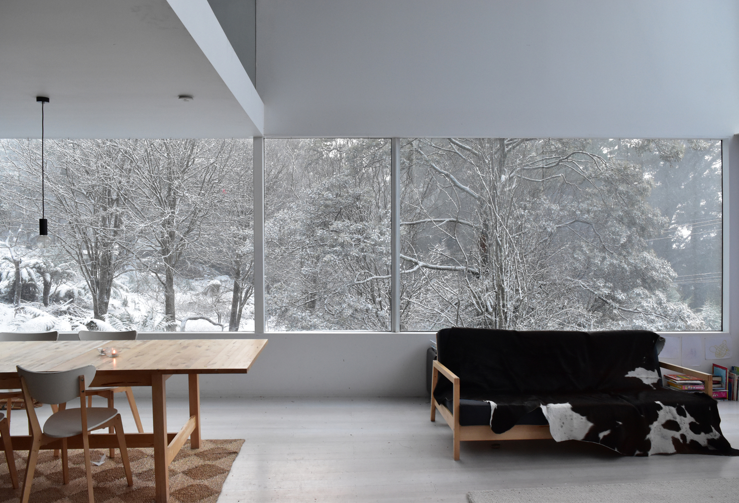 A Small Home With Big Volumes Designed to Embrace its Cool Climate