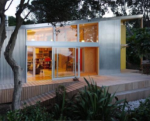 Lloyd Holiday House by AtelierWorkshop (via Lunchbox Architect)