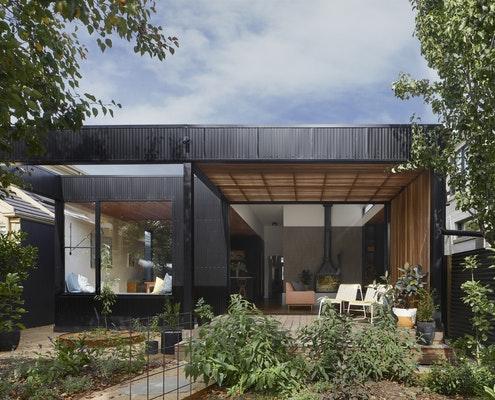 Lucky House by Kuzman Architecture (via Lunchbox Architect)