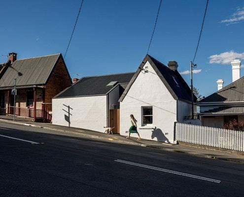 Milkman's Cottage by Preston Lane Architects (via Lunchbox Architect)