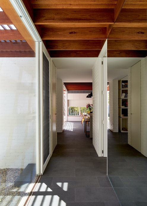 Miller House by Architecture Architecture (via Lunchbox Architect)