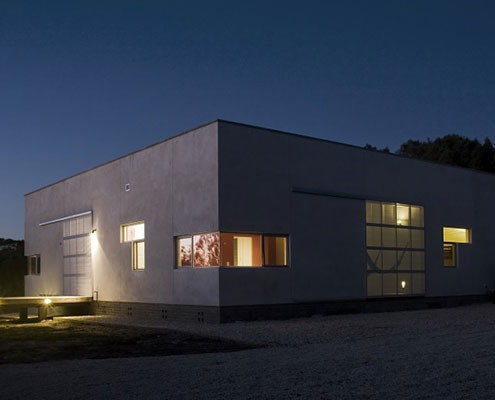 Beach House by Bourne Blue Architecture (via Lunchbox Architect)