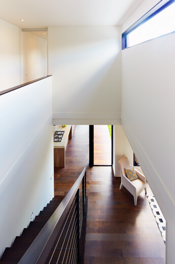A Dramatically Modern Modular Home in Northcote