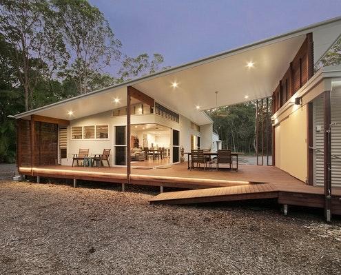 Mudjimba by Chris Klar Architects (via Lunchbox Architect)