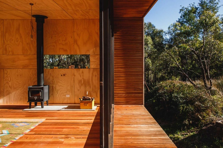 Compact Off-grid Pump House by Branch Studio Architects (via Lunchbox Architect) (via Lunchbox Architect)