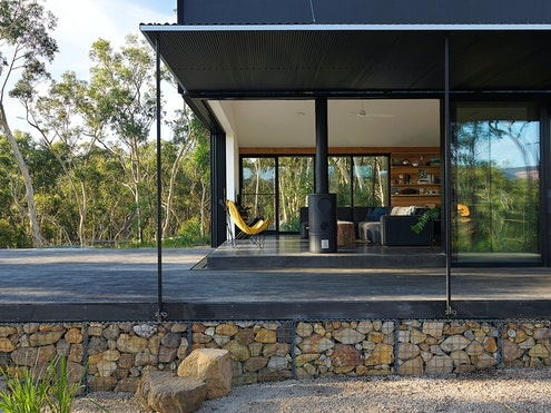 Off Grid House by Anderson Architecture (via Lunchbox Architect)