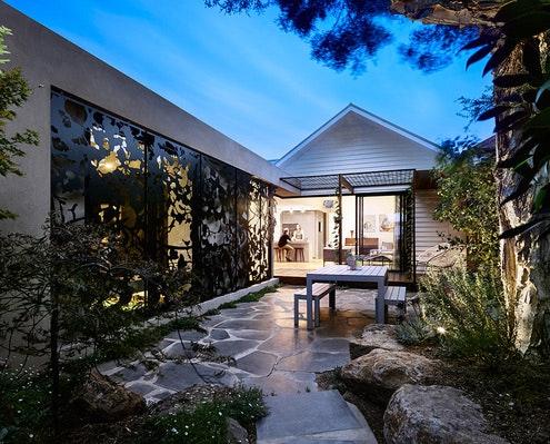 Park Cottage by Bryant Alsop (via Lunchbox Architect)