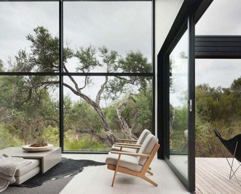 Ridge Road Residence by Studiofour (via Lunchbox Architect)